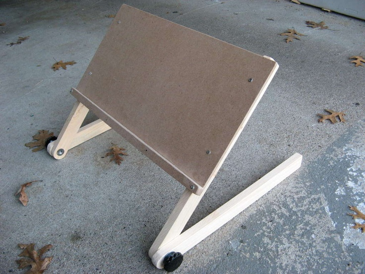Diy laptop stand for bed make it pinterest for How to make a bed stand