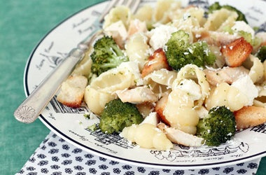 Broccoli, Chicken and Feta Pasta with Parmesan Croutons — Punchfork