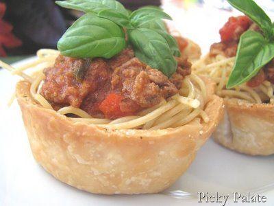 Flaky Garlic Toasted Spaghetti Cups | Yummy | Pinterest