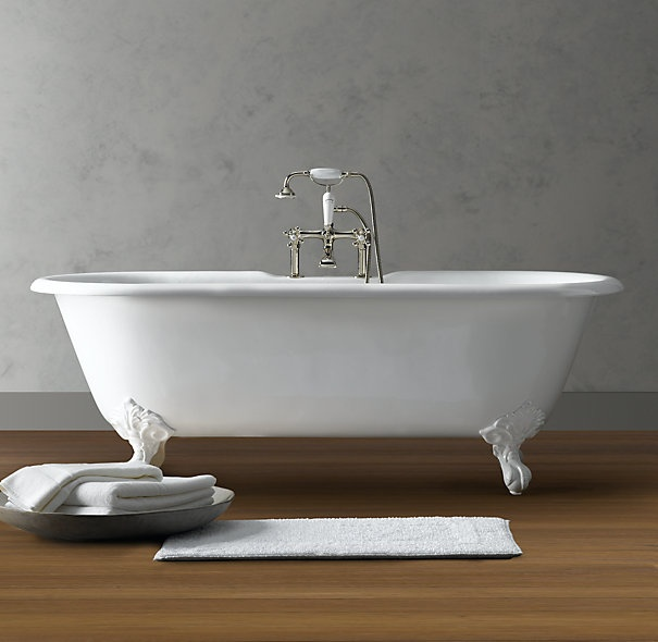 vintage imperial clawfoot soaking tub for the home. Black Bedroom Furniture Sets. Home Design Ideas