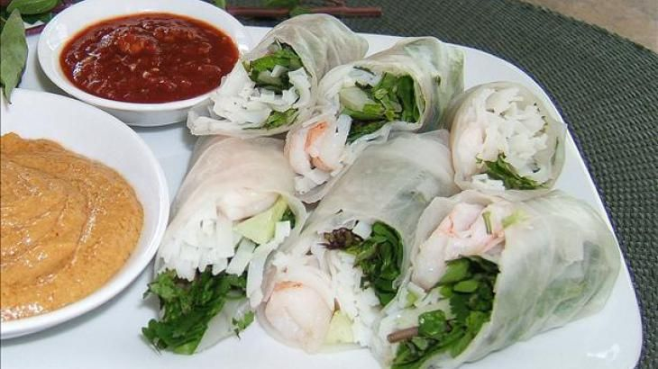 roll versions one rice paper spring rolls with hoisin dipping sauce ...