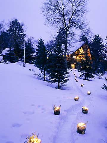 Ice candle luminaries for outdoor decor christmas for Making luminaries