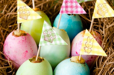 easter egg cupcakes with yolk centers