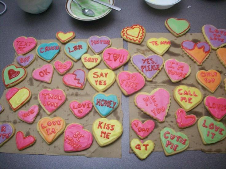 conversation heart cookies | party ideas | Pinterest