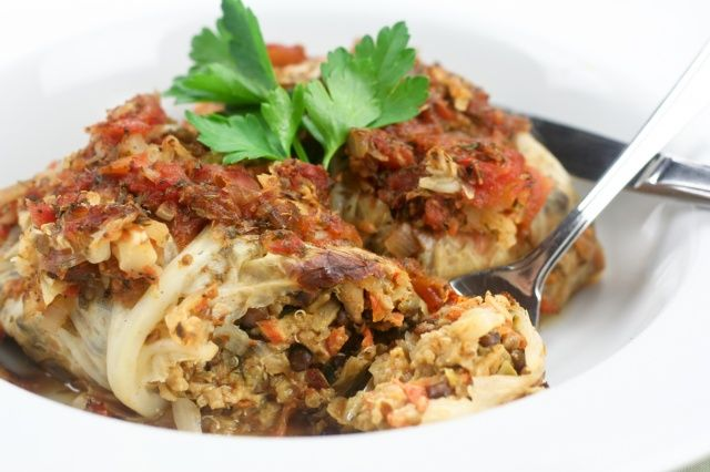 Vegetarian Cabbage Rolls - try without the eggs and see what happens