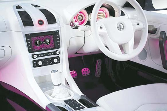 Crazy car interiors mc cockpit interior design pinterest for Crazy interior designs