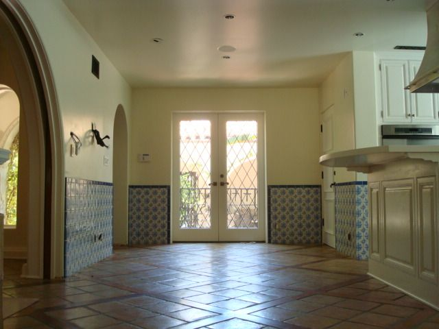 1920 39 S Spanish Home With Tile Wainscot Spanish Revival