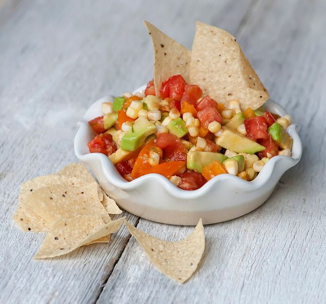 Fresh Corn, Tomato and Avocado Salsa - use those fresh summer veggies ...