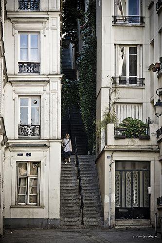 Montmartre, Passage Cottin, Paris XVIII x