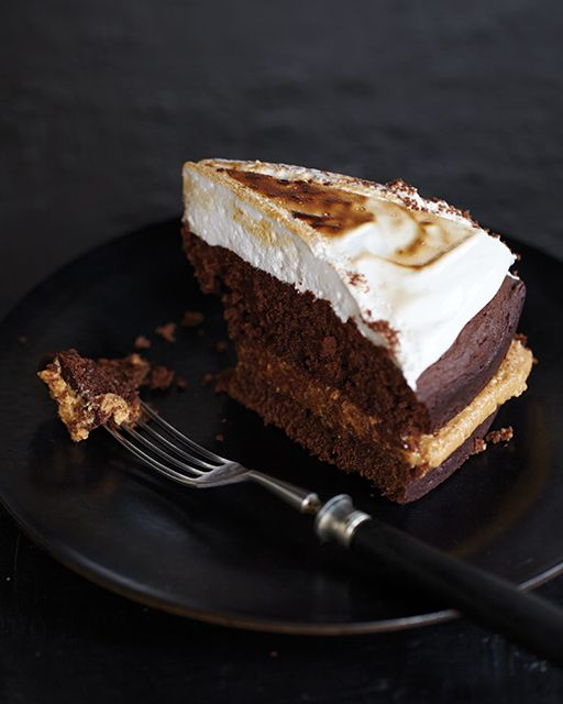 Chocolate Cake with Peanut Butter Filling & Marshmallow Topping | Rec ...