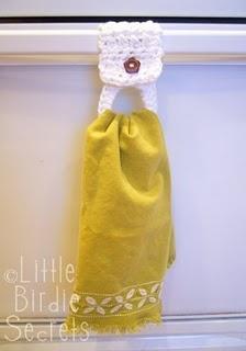 Crochet towel holder
