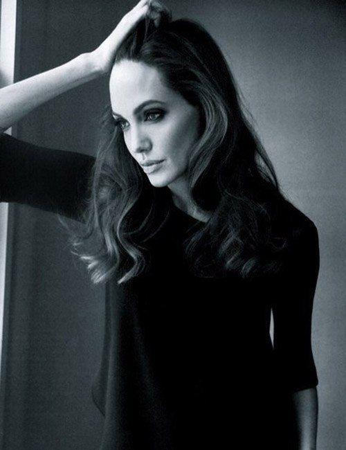 Angelina Jolie | Celeb...
