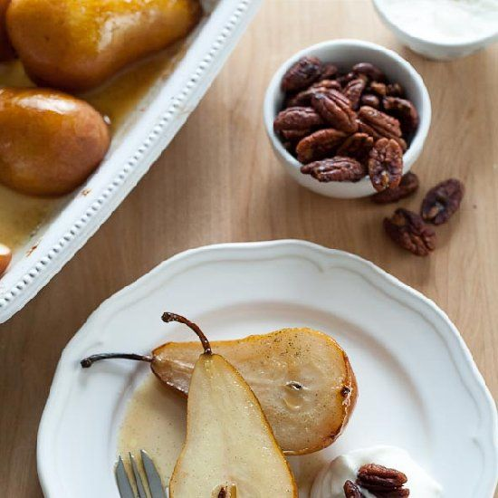 pears are roasted in the oven with a vanilla scented caramel syrup ...