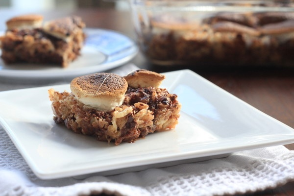 Chocolate and Graham Cracker Dreams (S'mores Rice Krispie Treats)