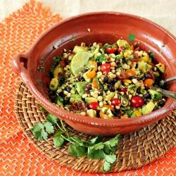 healthy Charred Corn Salad with cherry tomatoes, avocado, black beans ...