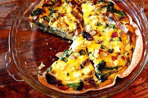 Skinny Quiche! Tortilla-crusted feta & broccoli quiche :) Make extra ...