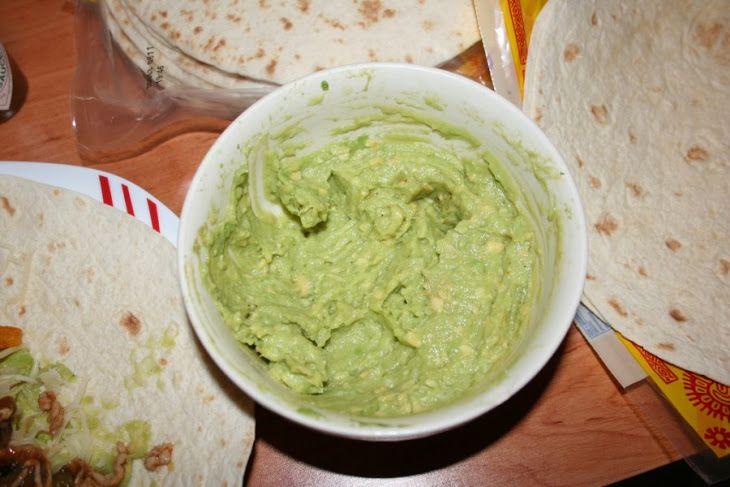 guacamole dip creamy guacamole egg salad sandwich guacamole taquero ...