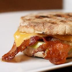 Bacon, Apple & Cheddar Breakfast Panini | M a t i n | Pinterest