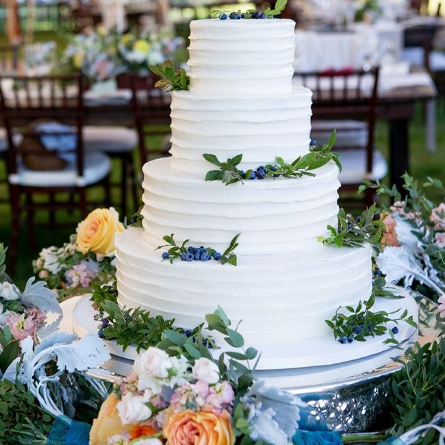 Simple white wedding cake with blueberry accents // Orchard Cove Photography // Celebration Cakes by Janice Strout