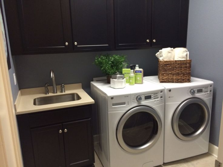 Great laundry room love the paint color decorating - Paint colors for laundry room ...