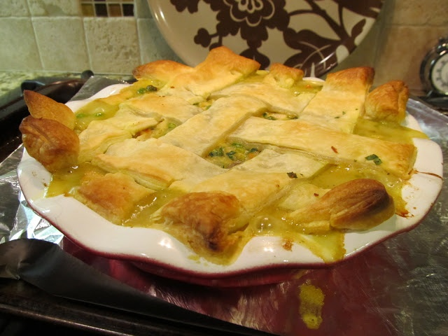 Literal Cooking: Chicken Curry Pot Pie | Eat, drink, eat, drink | Pin ...