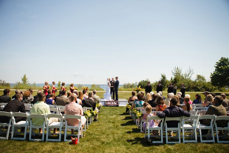 Mission Point Resort – Lakefront Lawn