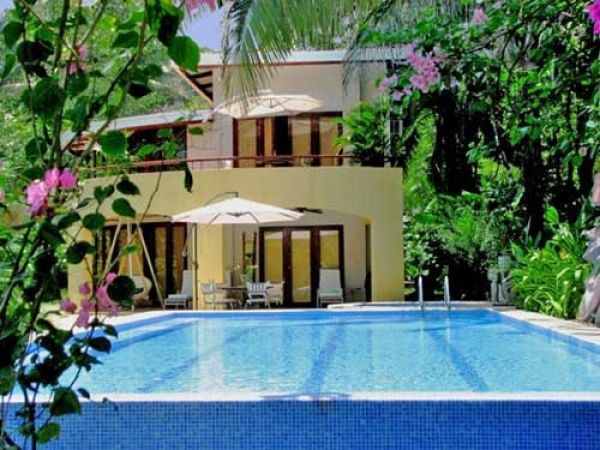 Pin by clarice wilson on costa rica pinterest for Costa rica rental houses