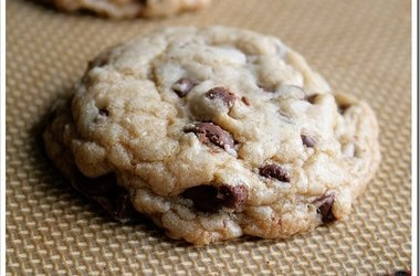 Perfect Chocolate Chip Cookies to Share — Punchfork
