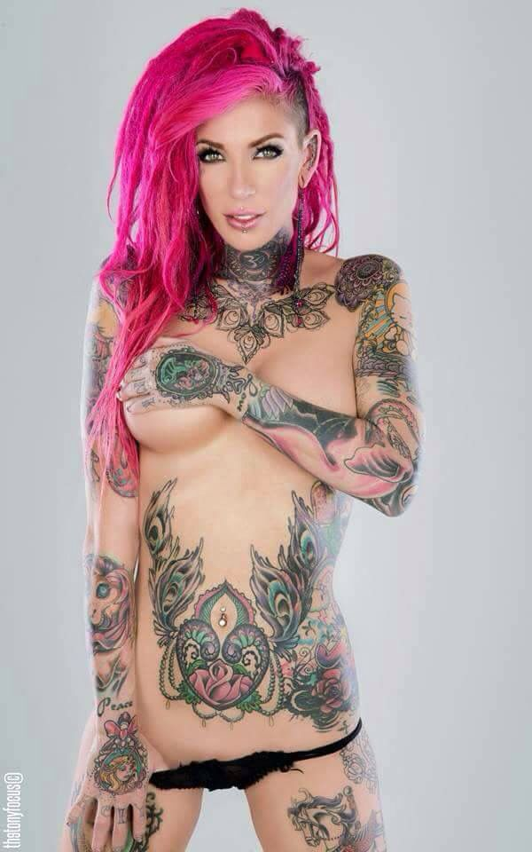Love love her and fun on pinterest for Nude women tattoo