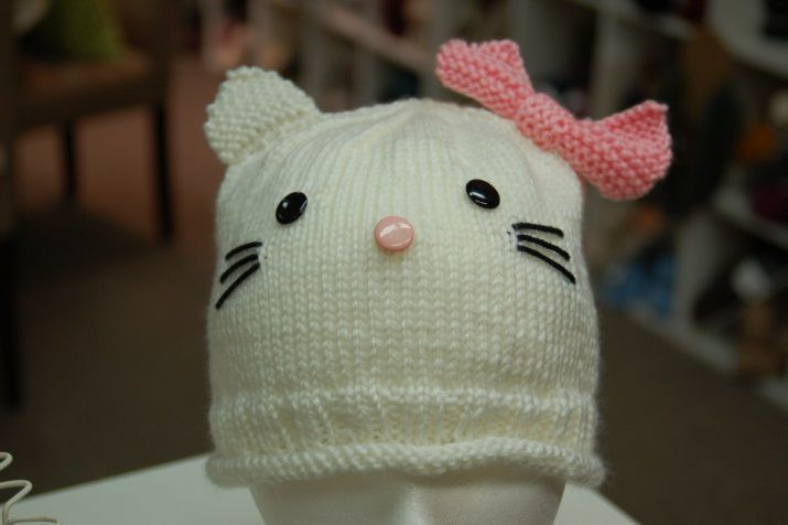 Knitting Pattern Kitty Cat Hat : Hello Kitty Hat free knitting pattern Free Knitting Patterns Pint?