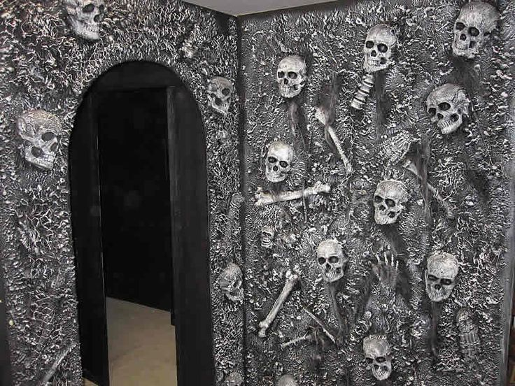 Pin by debbie bierbom on haunted house pinterest for Diy haunted house walls