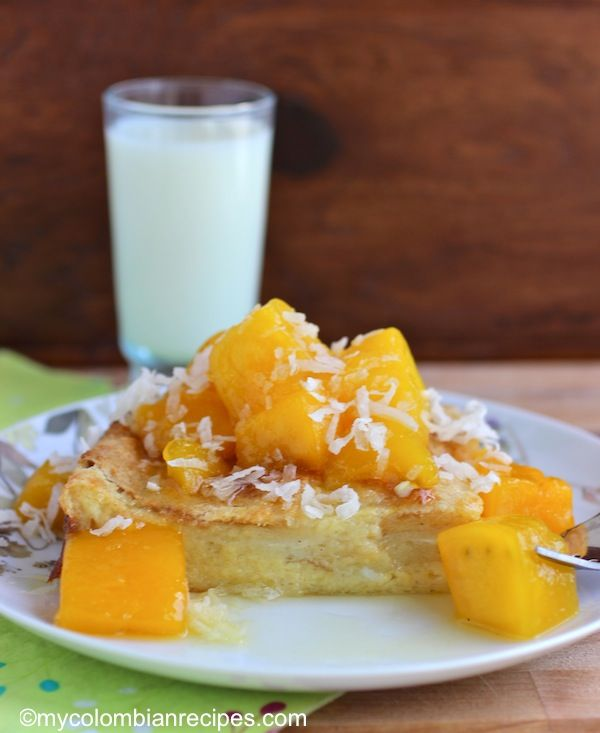 Coconut Bread Pudding with Mango Sauce | PANES////MUFFINS//// HOTCAKE ...