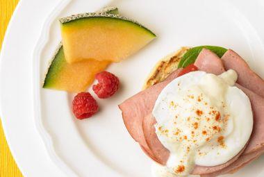 Turkey Ham Eggs Benedict | Heygoodlookin'whatchugotcookin? | Pinterest