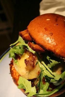 ultimate sriracha burger | Mmmm Food | Pinterest