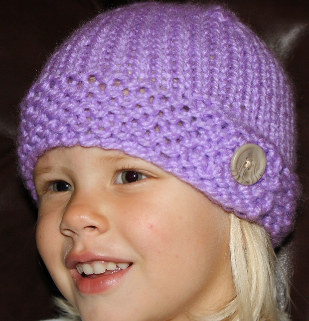 Free Knitting Patterns For Hats Ravelry : Big Button Hat. Free pattern on Ravelry. cant.stop.knitting. Pin?