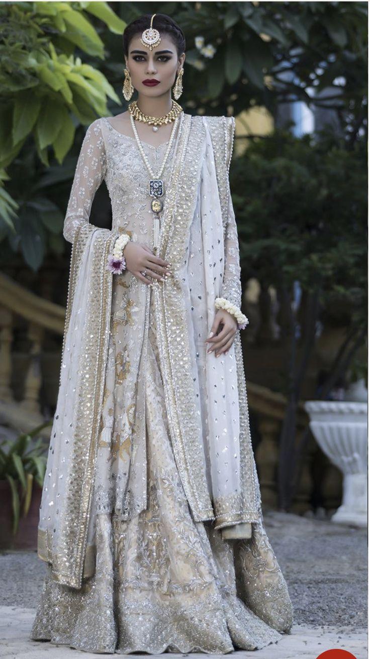 Famous fashion designers of pakistan 38