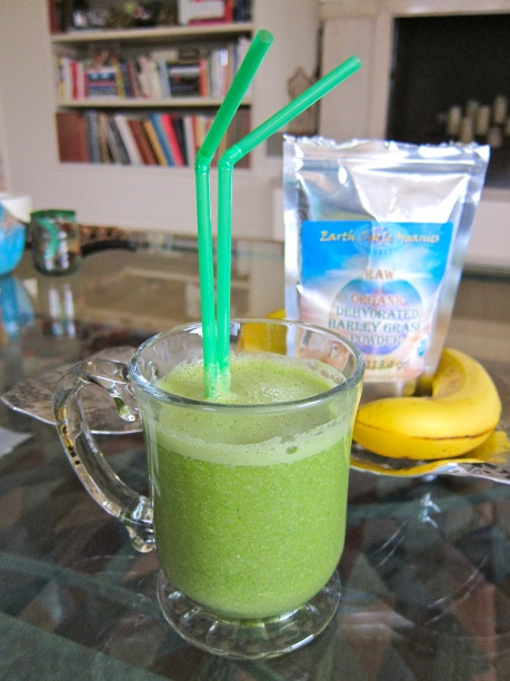 Joy the Bakers Super Spinach Smoothie | Jittery Cook | Pinterest