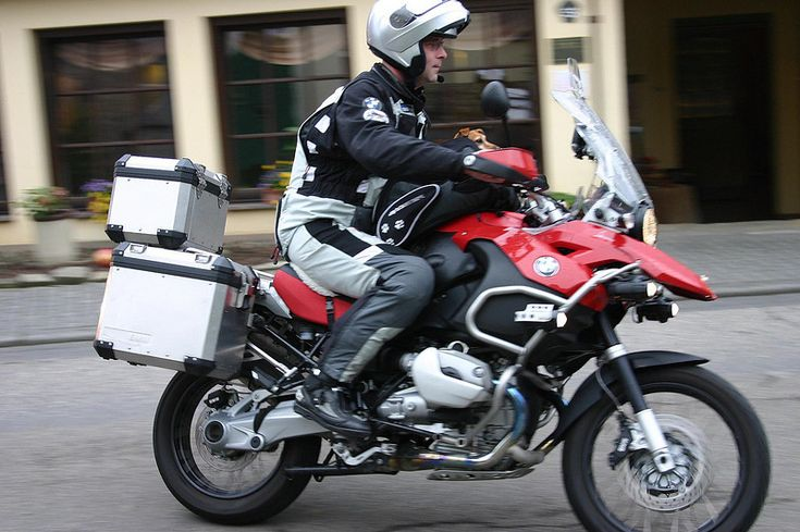 how to carry stuff on a motorcycle