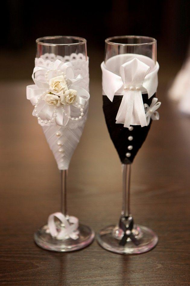 Видео как украсить бокалы на свадьбу своими руками лентами