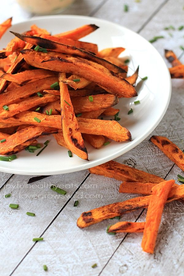 Crispy Baked Sweet Potato Fries with Chipotle Lime Aioli - Love Grows ...