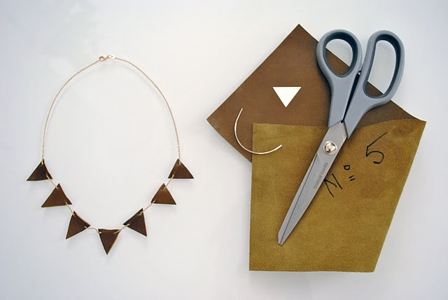 ... .com #necklace #sewing #couture #bricolage #craft #cuir #leaher