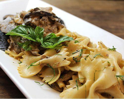 Portobello Mushroom Stroganoff (Vegetarian) Grilled portobello ...