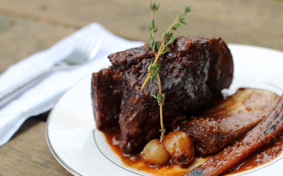 ... http://chocolateandmarrow.com/2014/01/30/cabernet-braised-short-ribs