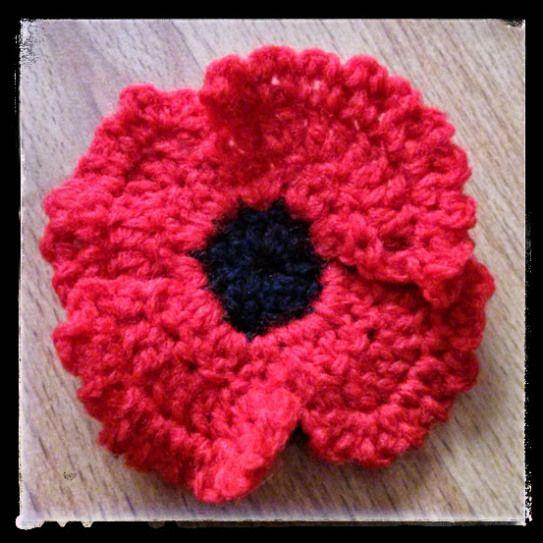 how to make a crochet poppy