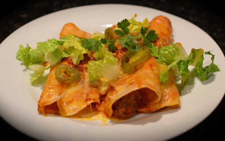 BEEF ENCHILADAS (Cook's Country) 3 garlic cloves, minced 3 T chili ...