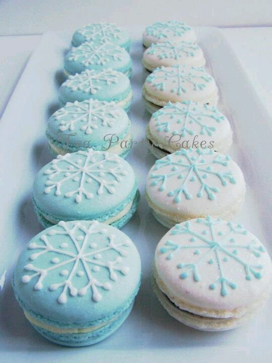 Macaron winter style | Food to die for | Pinterest