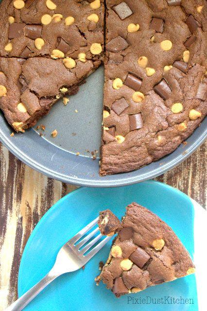 Chocolate Peanut Butter Chip Cookie Pie | Pie | Pinterest