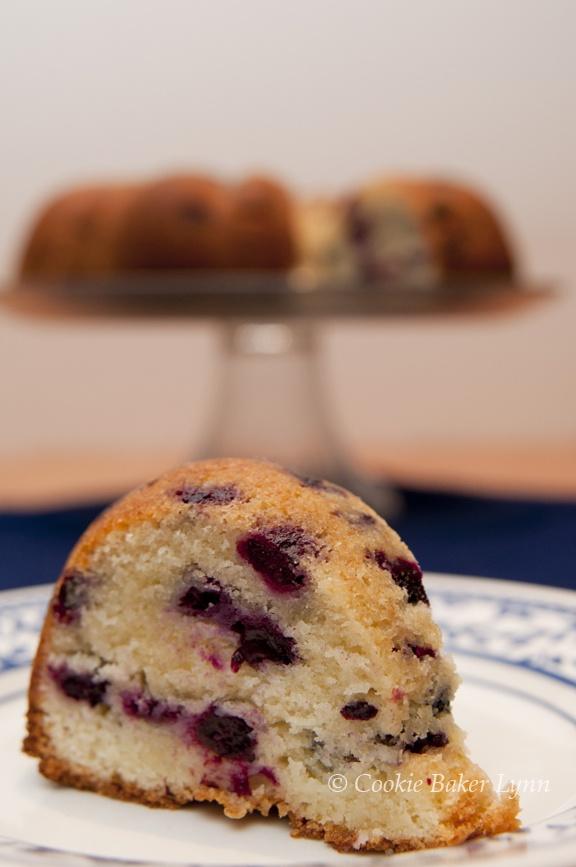 Cookie baker lynn: Blueberry-Lime Poundcake