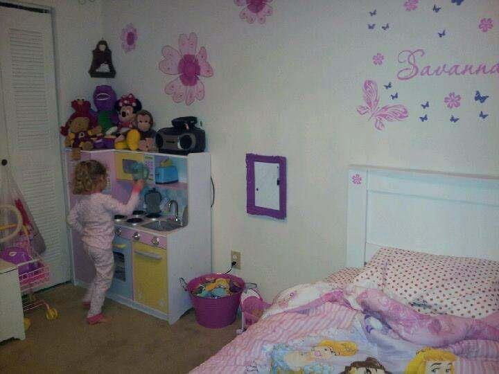 Little girls room decor ideas pinterest for Girl room ideas pinterest