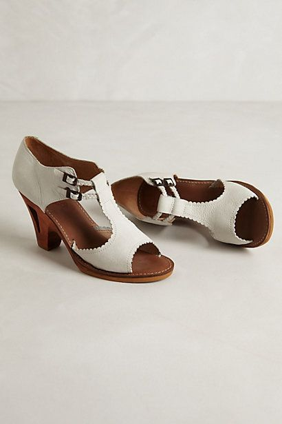 Tiki Heels #anthropologie I really like these shoes.....wonder if the ...
